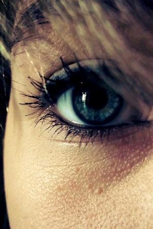 """Was verrät die Körpersprache Ihres Dating Partners? Erfahrung Bild mittig piqs.de, Kyea """"Augen-Blicke"""" (CC BY 2.0 DE)"""