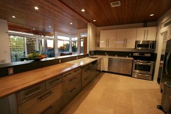 """Spartipps für den Haushalt Erfahrung Bild mittig piqs.de, Jeremy Levine """"Kitchen"""" (CC BY 2.0 DE)"""