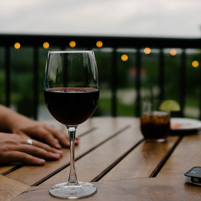 Mythen über Alkohol Bild oben