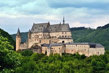 "Highlights in Luxemburg Bild oben piqs.de, bigmama1942 ""Viandener Schloss"" (CC BY 2.0 DE)"